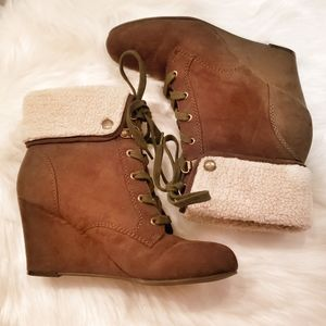 Indigo Road Olive Wedge Booties 6.5